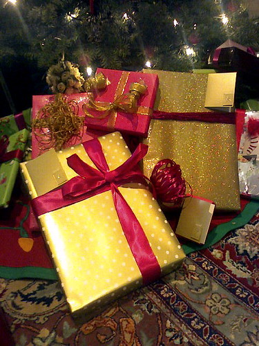 """My gifts were the prettiest, as always"" by vsmoothe is licensed under CC BY 2.0"